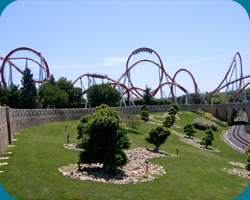 Port Aventura - Dragon Khan, 8 inversies (B&M coaster)